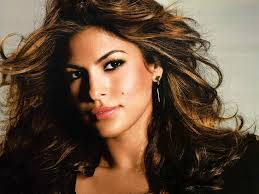 Eva Mendes pulled over by police for using cell phone while driving